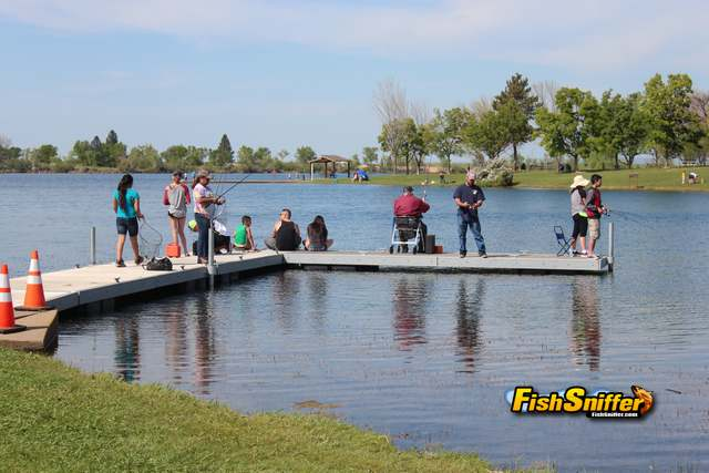 Allen vue captures smud trout derby with lb rainbow for Rancho seco fishing
